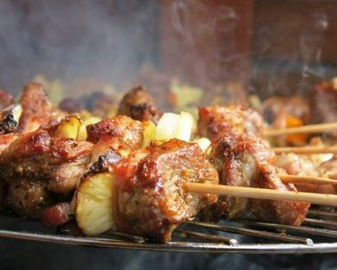 How To Clean A Gas Grill With Oven Cleaner? Easy Step-By-Step Guide
