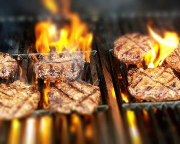 How To Clean Cast Iron Grill Grates? A Step-By-Step Guide